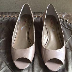 Me Too Bridge patent Peek Toe Wedge shoes